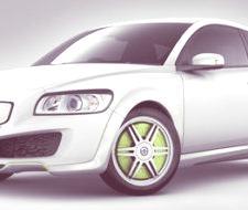 Volvo continúa con su plan de coches híbridos