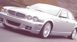 Jaguar tendrá un limosina híbrida para fin de año (Limo Green)