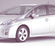 Toyota Prius III con paneles solares Kyocera