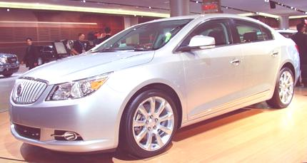 2010_Buick_LaCrosse-Live