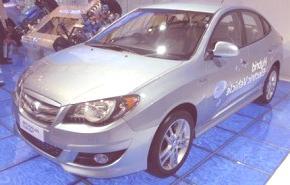 Hyundai lanza su primer híbrido, el Avante (Elantra coreano)