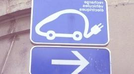 Las empresas españolas le dan más importancia a los coches eléctricos