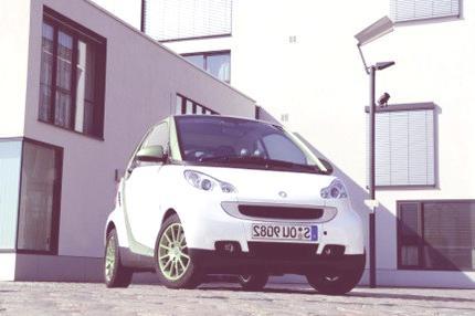 Alemania estrena estaciones de recarga de vehículos eléctricos en Berlín
