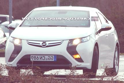 Opel-Vauxhall-Ampera-EV chico2