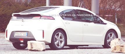 Opel-Vauxhall-Ampera-EV chico3