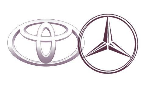 Mercedes y toyota