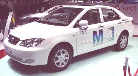 BYD-F3DM-plug-in-electric-car001
