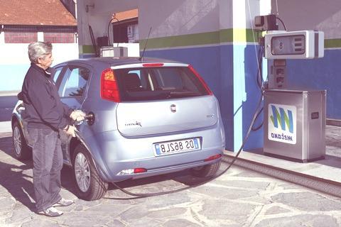 fiat-grande-punto-gas-natural-12
