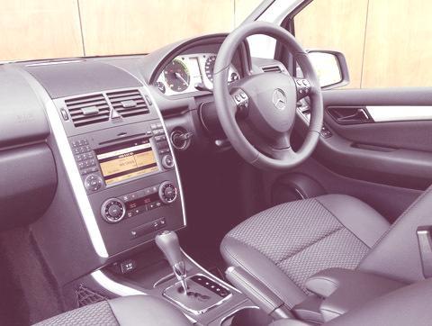 Mercedes-Benz-A-Class_E-CELL_2011_06
