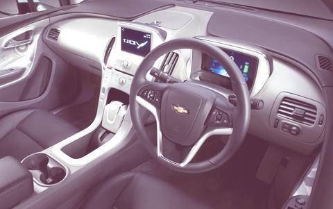 Chevrolet-Volt_2011_03
