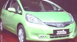 PARIS 2010, Honda Jazz Hybrid y Civic 2011 (video)