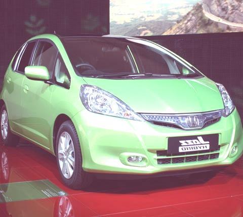 Honda Jazz Hybrid-chico3