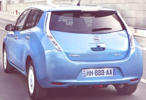 Nissan LEAF-02
