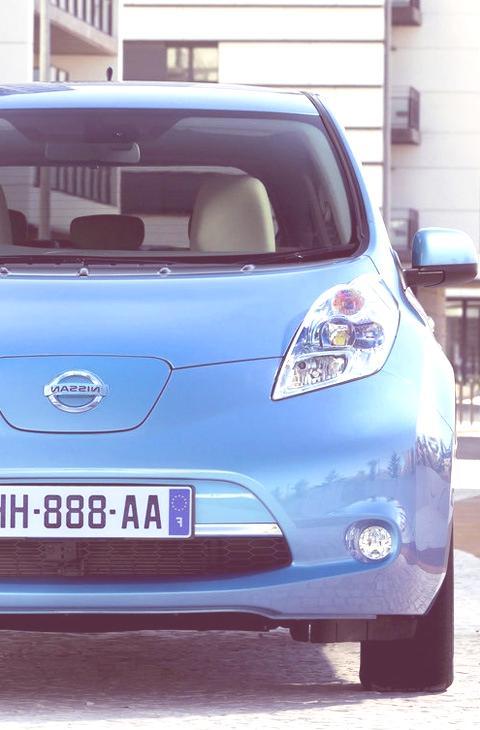 Nissan LEAF-03