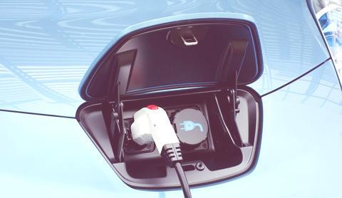Nissan LEAF-04
