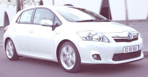 Toyota_Auris_Hybrid_05