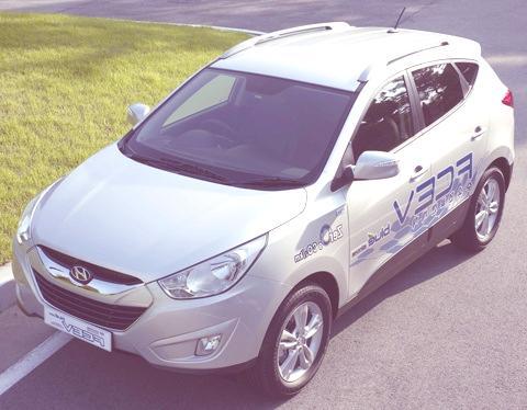 Hyundai Tucson ix Hydrogen Fuel-Cell EV-01