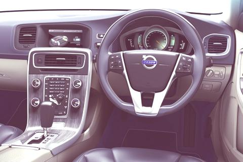 Volvo V60 Plug-in Hybrid-chico2