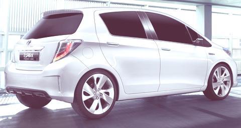 Toyota Yaris HSD Hybrid Concept-chico2