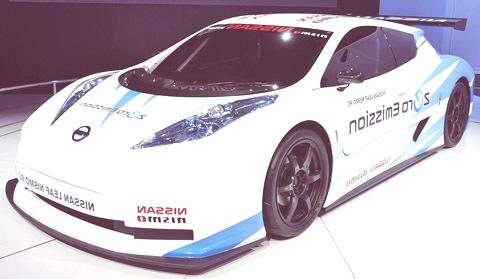 Nissan Leaf NISMO RC-chico5