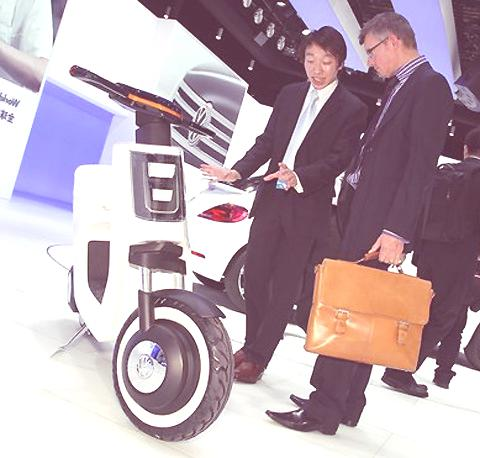 VW E-Scooter-2
