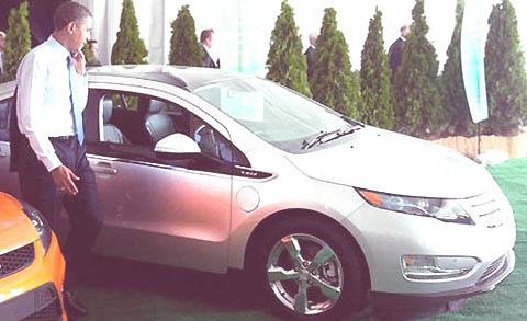 President Barack Obama with Chevrolet Volt Electric Vehicle