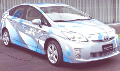 Toyota-Prius-Plug-in-Hybrid-02
