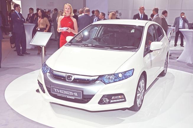 http://cocheseco.com/wp-content/uploads/2011/10/Honda-Insight-2012-02.jpg