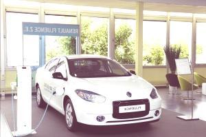 Renault-Fluence-Z.E-06