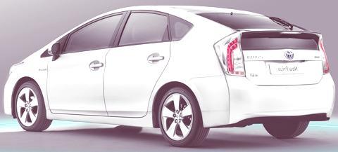 Toyota-Prius-2012-chico4