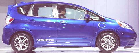 Honda-Fit-EV-03