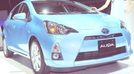Toyota Aqua (Prius c) 2012 (TOKIO)