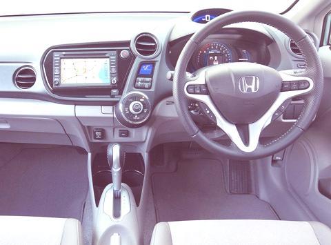 Honda-Insight_2012_chico2