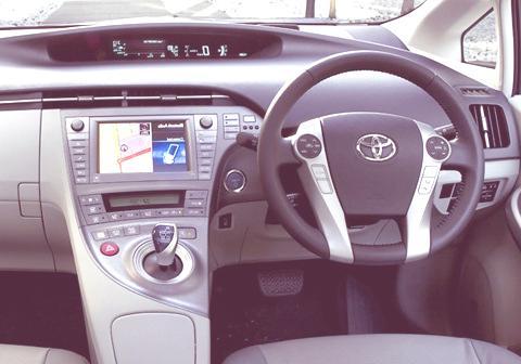 Toyota Prius 2012-chico4