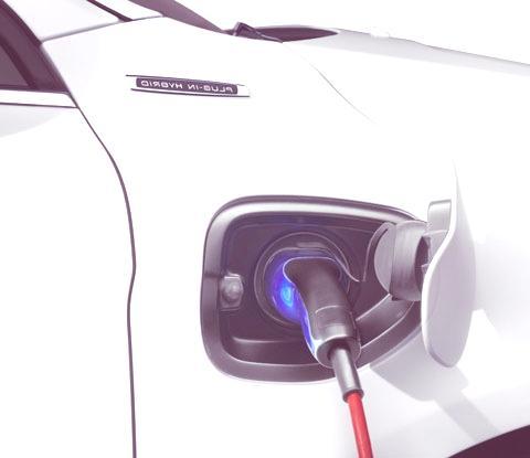 Volvo XC60 Plug-in Hybrid-03