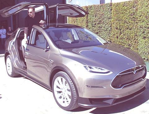 Tesla Model X-09