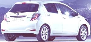 ToyotaYarisHybridchico4.jpg