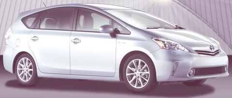 Toyota-Prius_V_2012_06