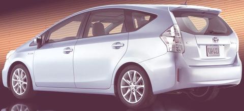 Toyota-Prius_V_2012_10