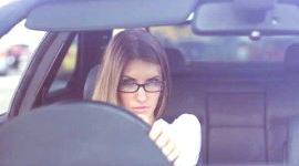 Es obligatorio llevar gafas graduadas al volante