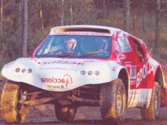 Un coche eléctrico en el Dakar