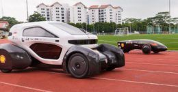 NTU Venture, el coche eléctrico, solar y de plástico